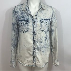Acid Wash Cotton Button Down Shirt Medium